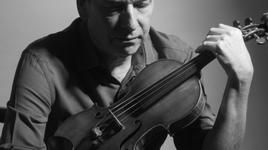 Photograph of Stephen Bryant Violinist